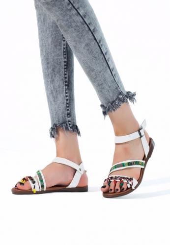 Beyaz Renk Boncuklu Bayan Sandalet Ayakkabı
