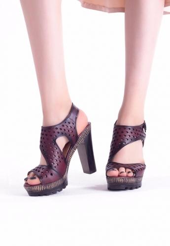 Bordo Desenli Bilekten Kemerli Bayan platform Topuk Ayakkabı