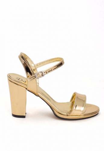 Gold Kemerli Rugan Bayan Topuklu Ayakkabı