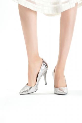 Gümüş Desenli Bayan Stiletto Ayakkabı
