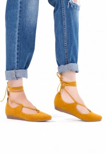 Hardal Sarısı Süet Bilekten Bağlı Bayan Babet Ayakkabı