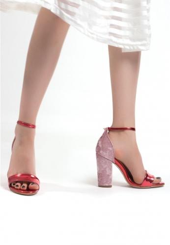 Kırmızı Pudra Topuk Bilekten Bağlamalı Bayan Topuklu Ayakkabı