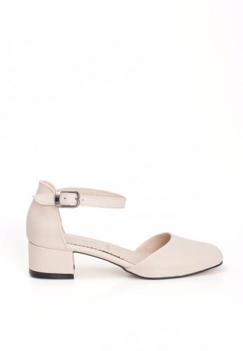 Krem Yanları Açık Bayan Küt Topuk Ayakkabı