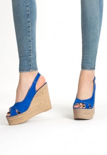 Saks Mavisi Süet Kemerli Bayan Dolgu Topuk Ayakkabı