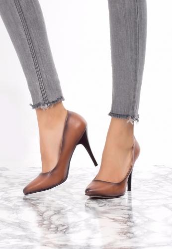 Sivri Burun İnce Topuklu Ayakkabı