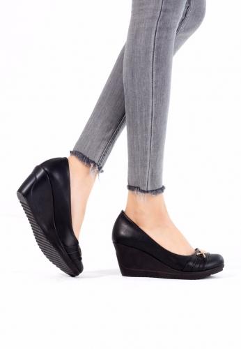 Siyah Dolgu Ayakkabı