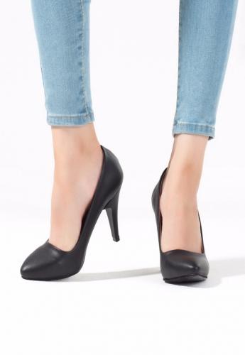 Siyah Renk Bayan Topuklu Ayakkabı