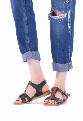 Siyah Renk Taba Aksesuarlı Bayan Sandalet Ayakkabı