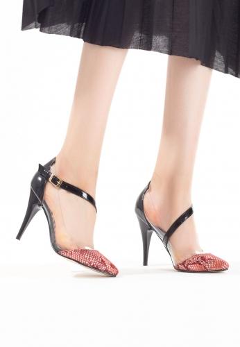 Siyah Rugan Kemerli Desenli Bayan Stiletto Ayakkabı