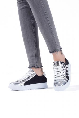 Siyah Süet Gümüş Rugan Detaylı Bayan Spor Ayakkabı