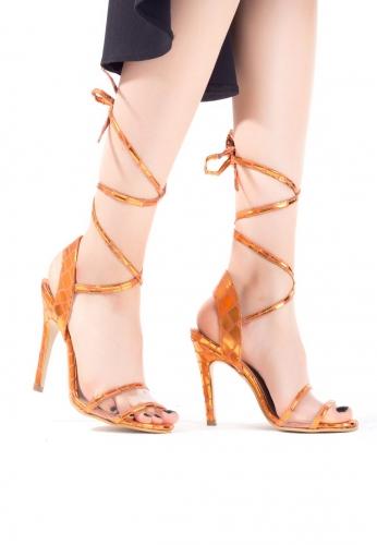 Turuncu Desenli Bağlamalı Bayan Stiletto Ayakkabı