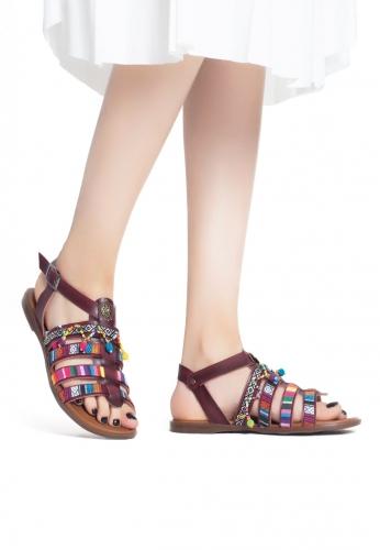 Vişne Çürüğü İşlemeli Boncuklu Bayan Sandalet Ayakkabı