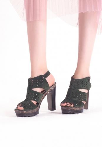 Yeşil Süet Desenli Bilekten Kemerli Bayan platform Topuk Ayakkabı